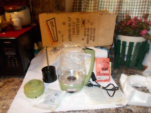 Retro Vintage Proctor Silex  Percolator 9 Cup in Green,70702 w/ original box