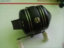 Zebco 606 spin cast reel 50's era black seem to work