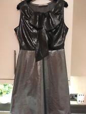 KAREN MILLEN UK 12 Transparente Gris Metálico Plata Hoja De Arco Fiesta Cóctel Vestido