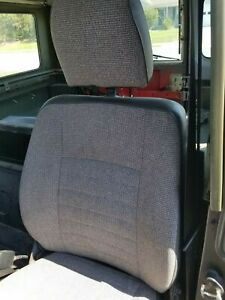 1989 Land Rover Defender 90 front seats - 3 Seats