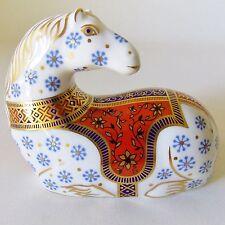 ROYAL CROWN DERBY ENGLISH BONE CHINA IMARI HORSE PAPERWEIGHT BLUE WHITE RED GOLD