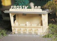 Bachmann Plasticville -45606 'Frosty Bar' O Gauge Plastic Kit - Tracked 48 Post