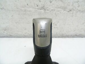 SEAT IBIZA MK4 2008-2012 5 SPEED SEAT SPORT GEAR KNOB AND GAITER 6J0064230A
