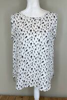 Ann Taylor loft Women's Sleeveless Patterned blouse Size M White Blue Birds K7