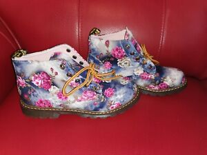 UNIQUE FLOWER DESIGN CHUKKA BOOTS UK 6 BRAND NEW