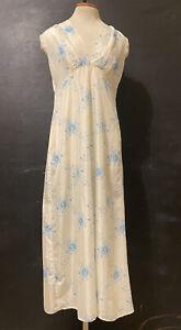 "Vintage Barbizon Full White Slip With Blue Floral Pattern Size 36"" Chest"