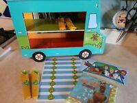 OOAK Scooby Doo Birthday Party Mystery Machine Napkin Wrapper Shelf Display