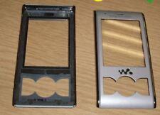Genuine Original Sony Ericsson W595 Front Fascia Cover Housing Lens Silver
