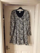 Vero Moda Black & White Dress Size M