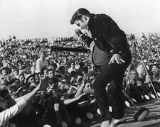 Rock & Roll ELVIS PRESLEY on Stage Glossy 8x10 Photo Singing Celebrity Print