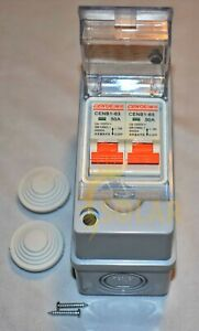 2 string solar combiner box disconnect new DC1000V Includes Breakers