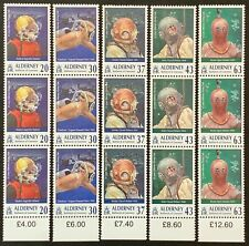 Alderney. Diving Club in Strips of 3 Stamps. A110/14. 1998. MNH. (SC08)