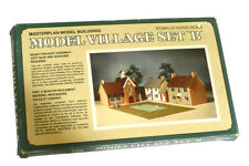 Model Buildings for Habitat Model Vilage Set B  No.804223 Echelle HO/OO Scale