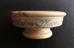 RARE STONEWARE PEDESTAL SINGLETON'S EYE OINTMENT POT, S. GREEN LAMBETH 1830 - 40