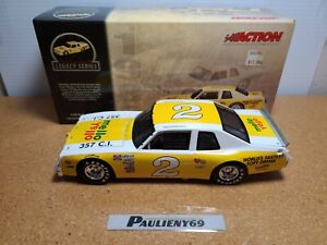 1980 Dale Earnhardt Sr #2 Mellow Yellow Pontiac Ventura 1:24 NASCAR Action MIB