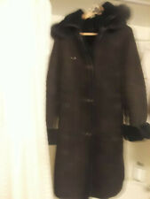 Woman Shearing Green Coat Winter Wear With Fox Fur Cap Size Large Excellent!