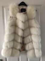 faux fur gilet Waistcoat Cream Size Medium Size 10-12