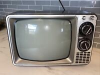 "Vintage 1978 RCA TV 12"" Portable CRT TV Black And White AC 125W Retro"