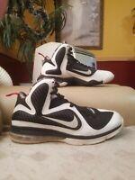 Nike Lebron 9 Freegums Mens Size 11 White Black Basketball shoes