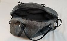 Womens Gray Abercrombie & Fitch Weekender Duffle Bag, Model 1101530