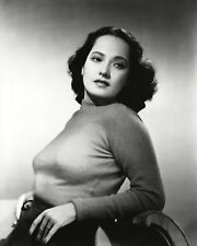 ACTRESS MERLE OBERON - 8X10 PUBLICITY PHOTO (FB-757)