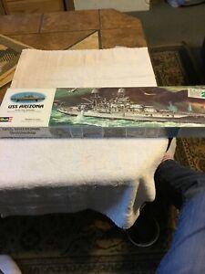 USS Arizona Memorial to the tragedy of pearl harbor model kit new