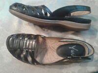 NEW Yuu Demillie Womens 6.5 M Black Leather Walking Slingback Sandals Shoes NIB