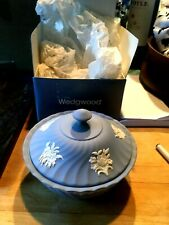"Wedgwood Blue Jasperware 5.5x4"" Round Floral Swirl Candy Bowl w/ Lid Box NEW!"