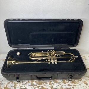 Bach Tr300 trumpet-Recently Serviced + Case +  7c bach mouthpiece+ Extras Bundle