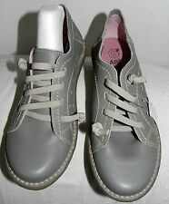 Chaussures Neuves ART pointure 36 cuir gris / Shoes New