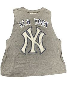 NY Yankees G-III 4Her by Carl Banks New York Yankees Women's Medium Tank top WS