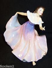 Hn2157- Royal Doulton Figurine - Gypsy Dance - Retired 1957