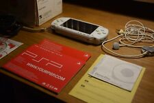 PSP Playstation Portable White 1004 | BOXED | Very good condition
