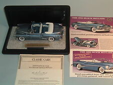 1953 BUICK SKYLARK BLUE CONVERTIBLE DANBURY MINT 1:24 DIECAST WITH DISPLAY CASE