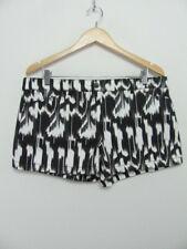 Trina Turk Womens Shorts Myrta Aztec Ikat Brushed Sateen Shorts Size 14