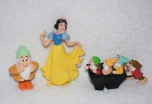 Disney Snow White and the Seven Dwarfs Bullyland Toys Figures Vintage A59