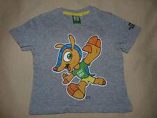 T-shirt gris manches courtes foot FIFA Brésil 2014 2-3 ans 98-104 cm comme neuf