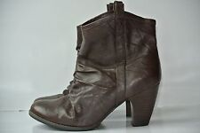 Clarks Indigo Womens Sz 8.5 M Brown Leather Heels Ankle Boots NICE!!