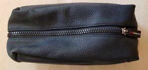 Clarins men travel bag zipper blue faux leather 24x12x8cm high new
