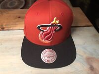Miami Heat NBA Basketball Mitchell & Ness Red and Black Snap Back Hat EUC Cap