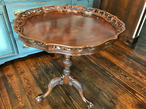 MAITLAND SMITH Round Intricate Carved Wood Red Mahogany Table Claw Foot Vintage