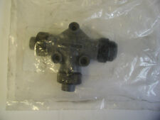 Cooper Crouse-Hinds CHDN-TAER-NG D Net Tee Connector New
