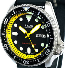 Vintage mens Seiko Diver SKX mod 7S26 w/all YELLOW Plongeur hands & Chapter Ring