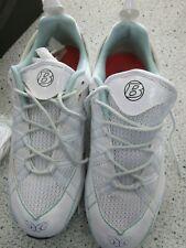 Bontrager / TREK Cadence Womens cycling / spin class shoe White size 7 US 38 EU