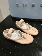 Capezio Soft Leather Ballet Slippers Size 9M (Pink)