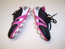 Umbro Corsica Engage size 13K Girls Soccer Shoes with cleats Pink White