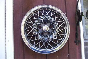OE  15 inch chromed wheelcover/hubcap, 92-94 Pontiac Sunbird/Grand Am # 5104