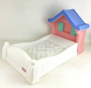 """Little Tikes Doll Baby Country Storybook Cottage Bed For 18"""" Dolls Vintage 90s"""