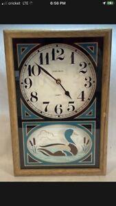 Vintage Verichron Green Gold Quartz Duck Wall Clock Wood Hunting Mallard Wooden