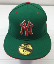 New York Yankees MLB Red Green Holiday Hat Cap 59Fifty Size 7 1 2 1291426a5d31